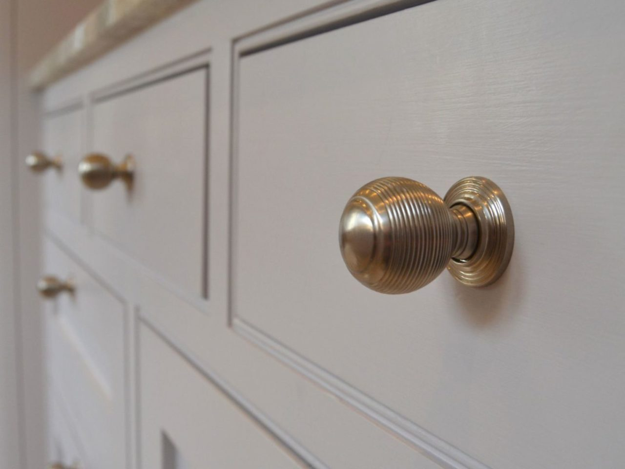 Kitchen drawer knobs