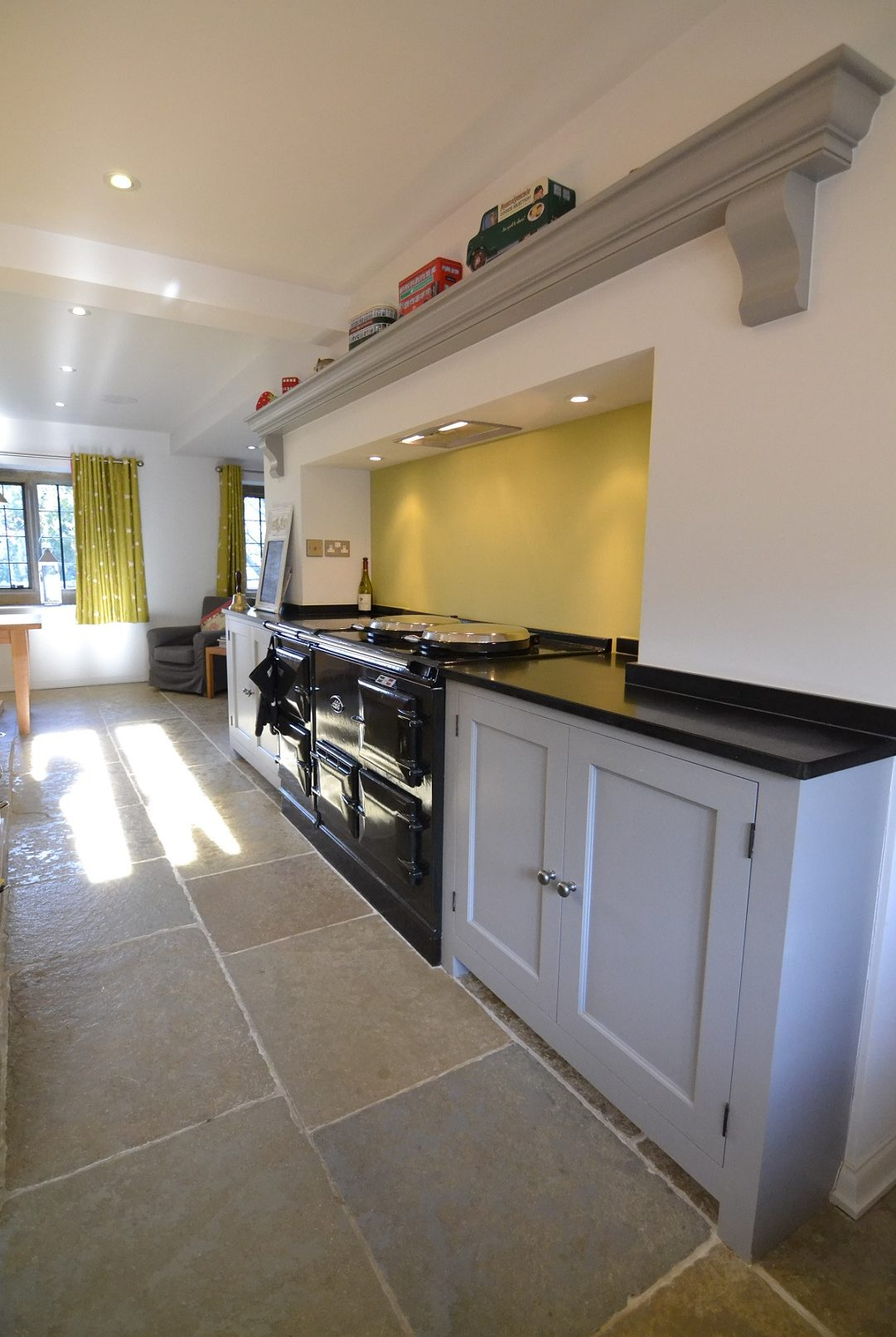 Country Kitchen Aga And Mantel Hunt Bespoke Kitchens Interiors